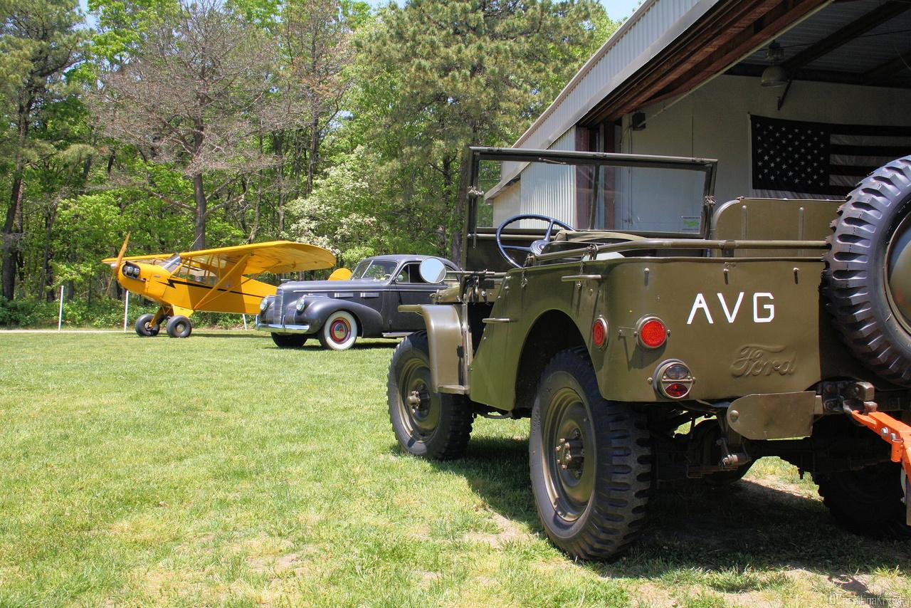Automobile und aeronautische Geschichte zum Anfassen