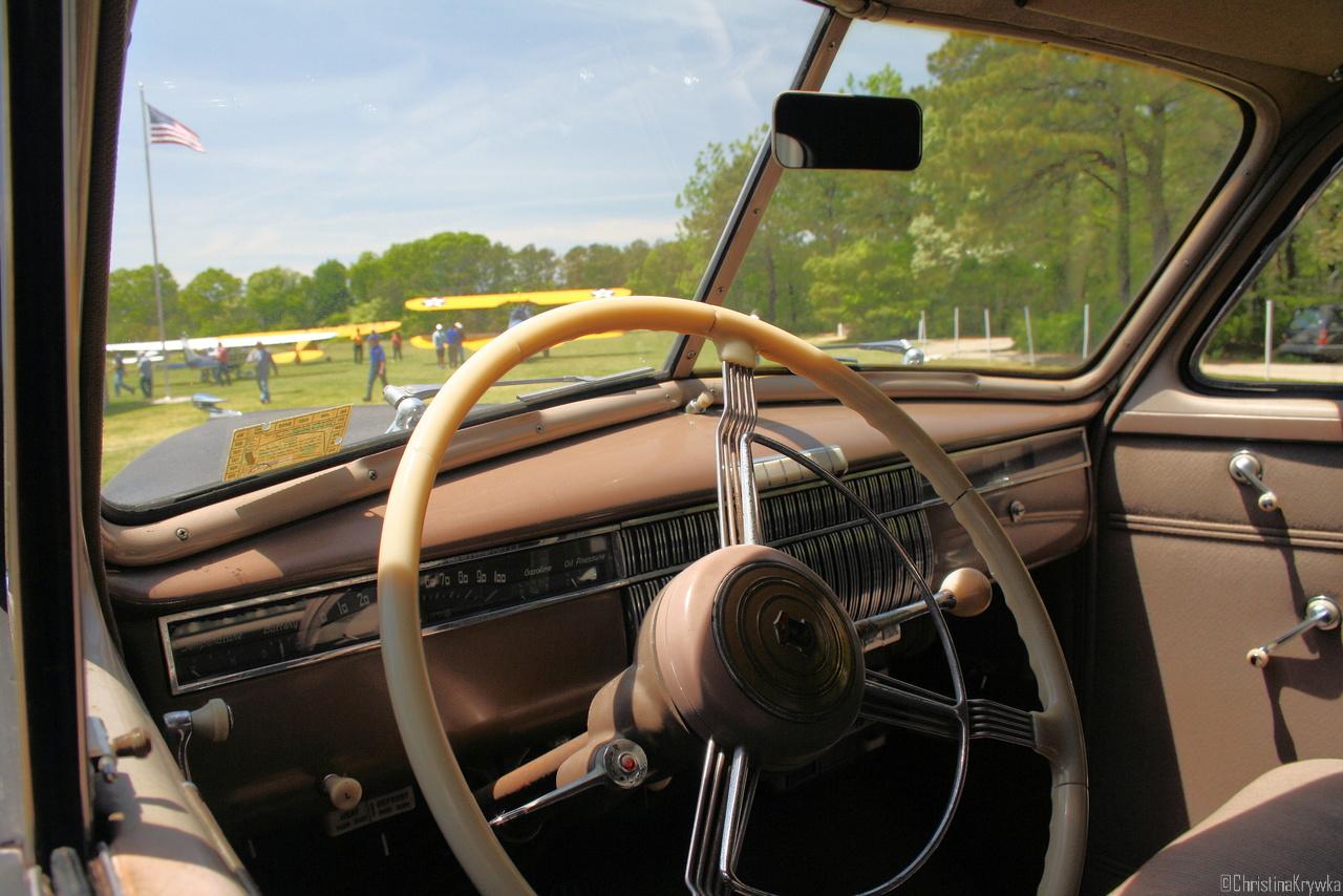 Der Cadillac LaSalle stammt aus der selben Zeit wie die Stinson