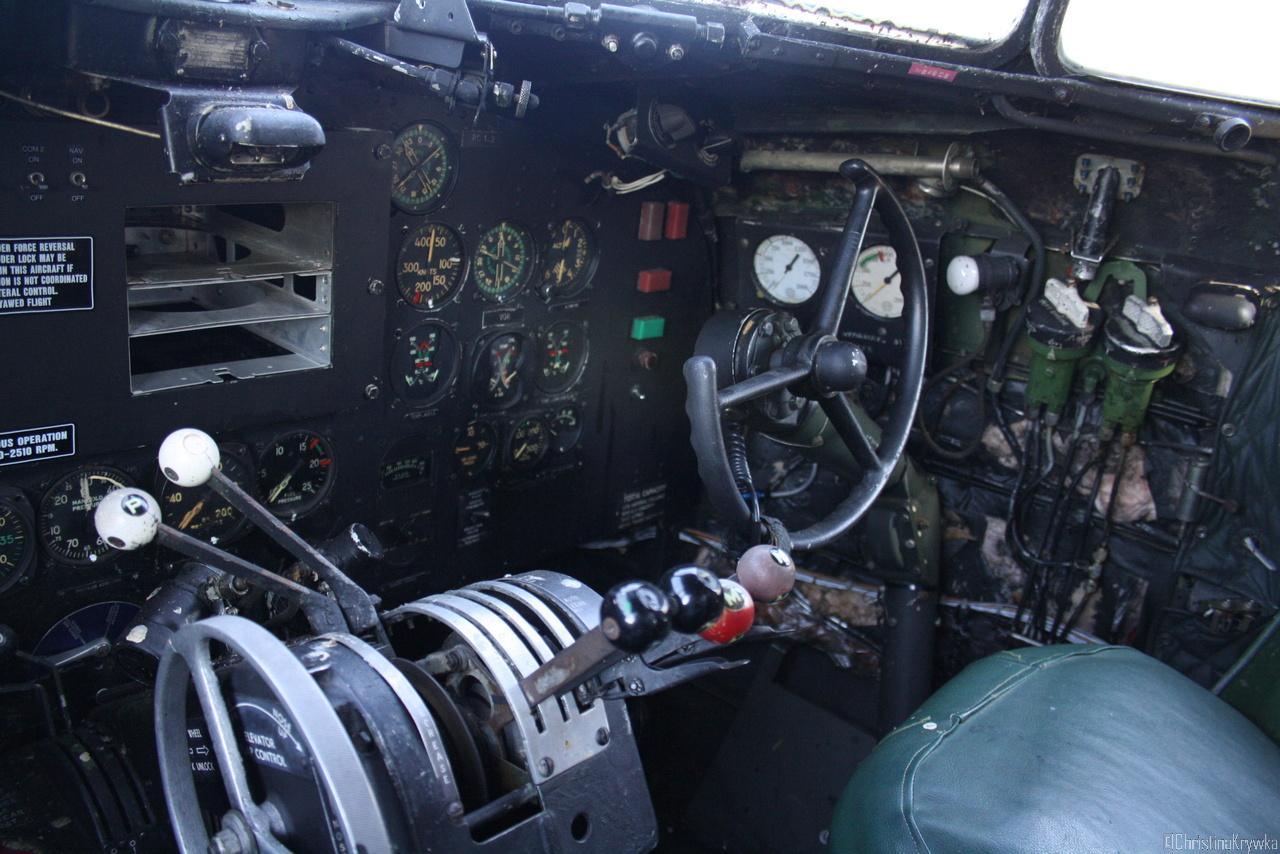 Einmal in einem DC9 Cockpit sitzen - check !